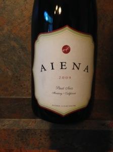 Aiena Pinot Noir 2009