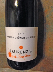 laurenz-v-und-sophie-singing-gruner-veltliner-2013